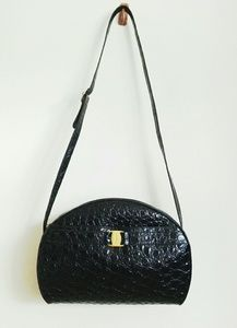 Gorgeous Ferragamo pebbled patent leather bag